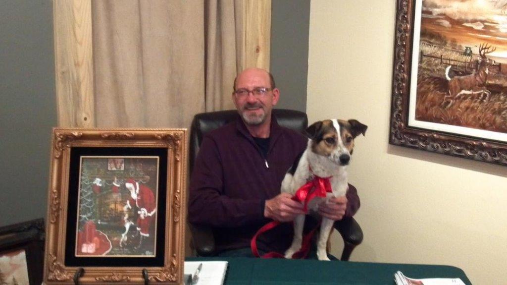 Bill Wegleitner, South Dakota wildlife artist, with Jasper.